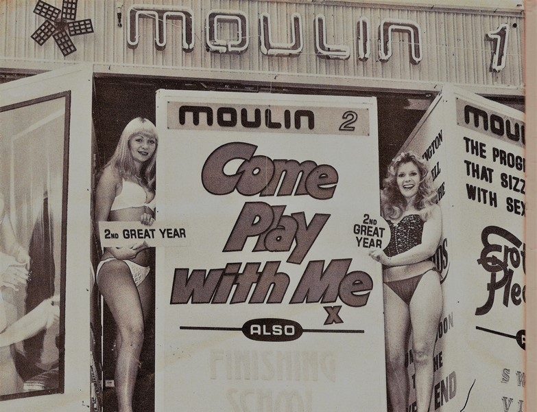 Come Play with Me (Moulin cinema 1978)